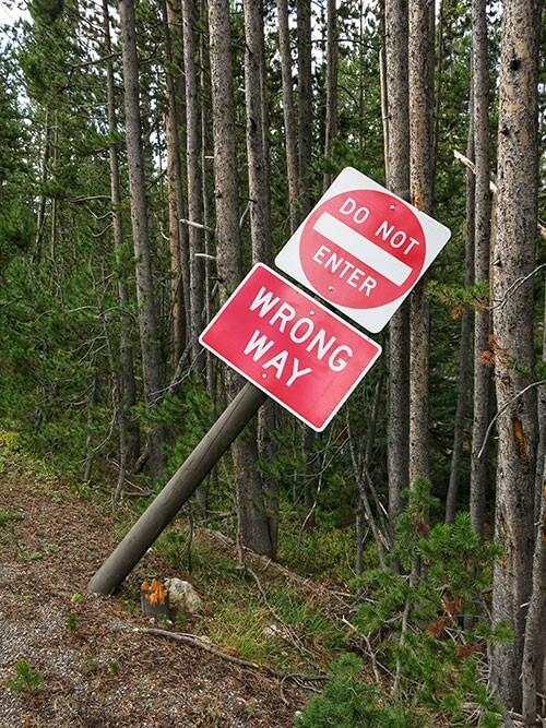 Les panneaux de signalisation typiques