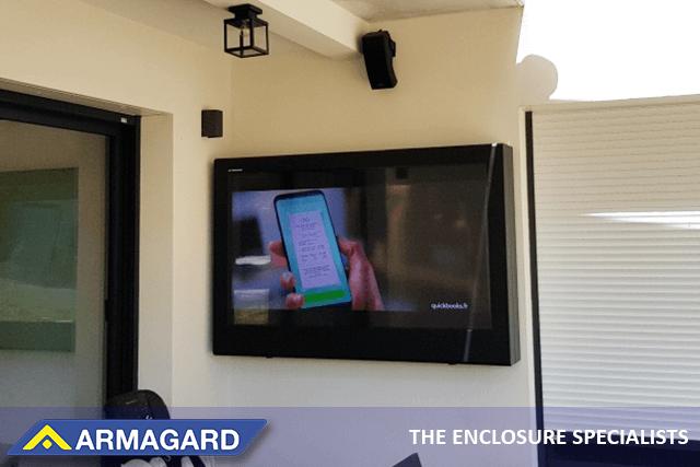 L'armoire TV outdoor haute luminosité